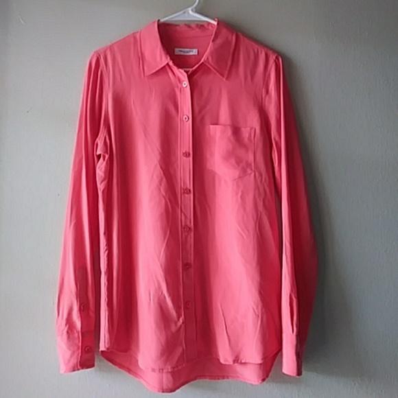 dbe2fb2c6fdec Equipment Tops - Equipment femme coral silk button down blouse